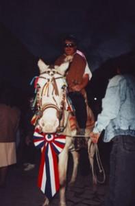 Luis auf Pferd
