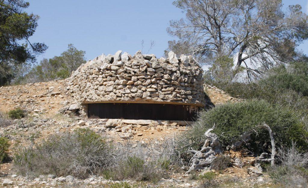 Bunker mit Blick nach Cabrera