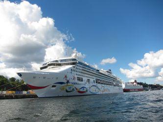 Bootsfahrt Kreuzfahrtschiff