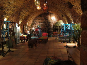 Indiska: Kellergewölbe
