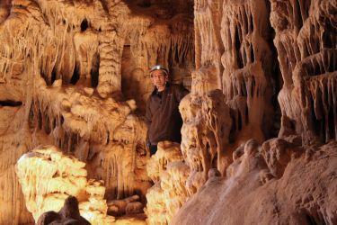 Höhlen erkunden - R.F. Carter