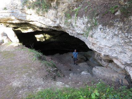 Höhleneingang an der La cova del drac