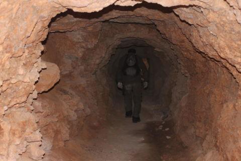 Stollen am Rand der Bunkeralagen
